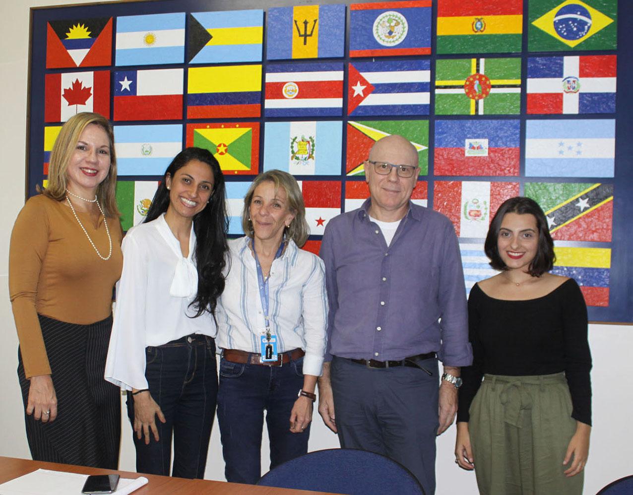Centro da ONU recebe visita de especialistas de instituto de informação científica da FIOCRUZ