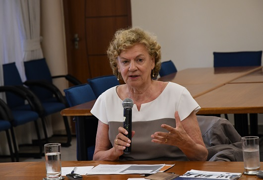 Consultora fala sobre desigualdade na tecnologia da saúde como grande desafio contemporâneo
