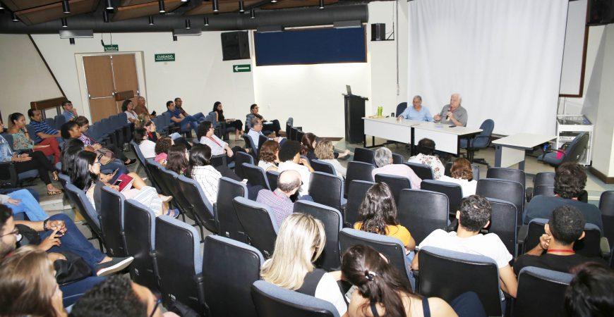 Fiocruz Bahia recebe coordenador da Estratégia Fiocruz para Agenda 2030